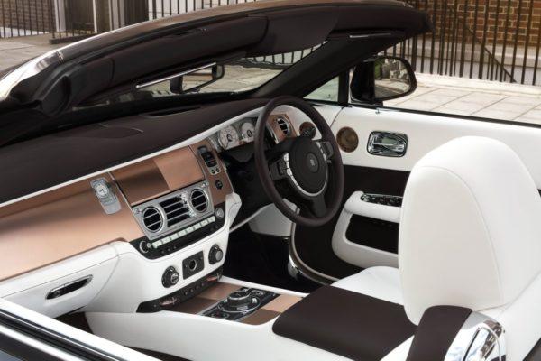 One-Off-Rolls-Royce-Dawn-Mayfair-Edition-7-600x400