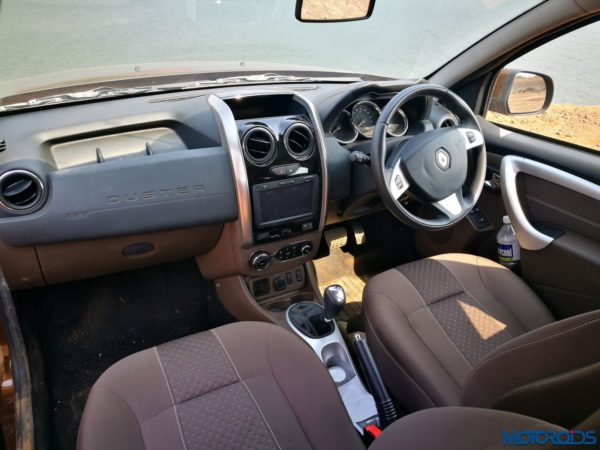 Renault-Duster-Easy-R-AMT Dashboard