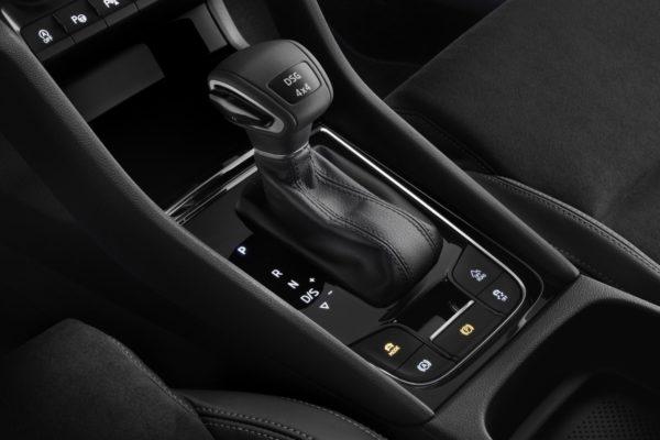 October 24, 2017-Skoda-Karoq-compact-SUV-interior-1-1-600x400.jpg