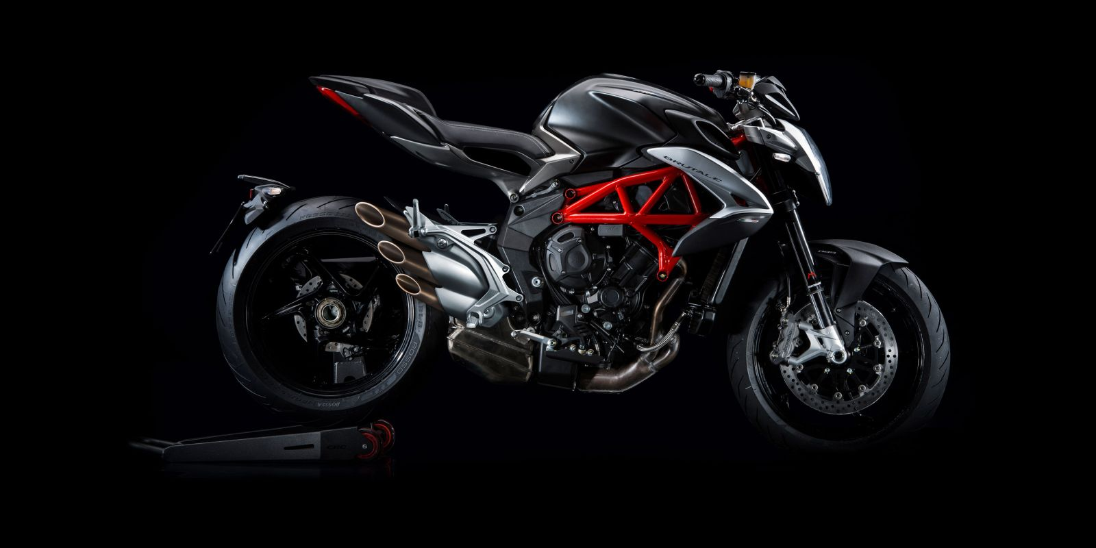 2017 mv agusta brutale 800 india launch likely in july motoroids. Black Bedroom Furniture Sets. Home Design Ideas