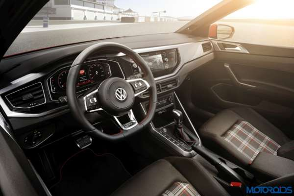 All-New-2017-Volkswagen-Polo-Polo-GTI-12-600x400