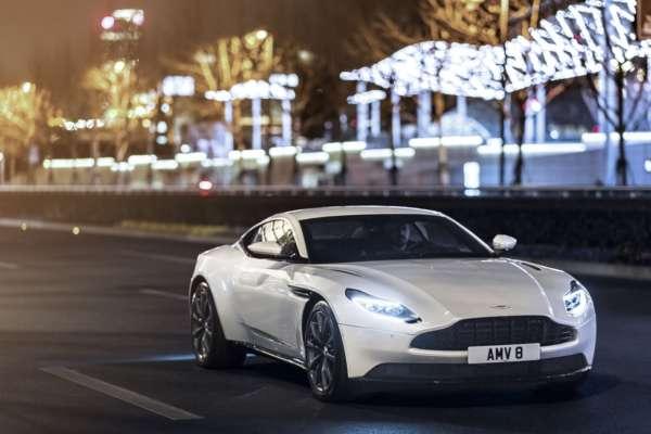 Aston-Martin-DB11-V8-1-600x400