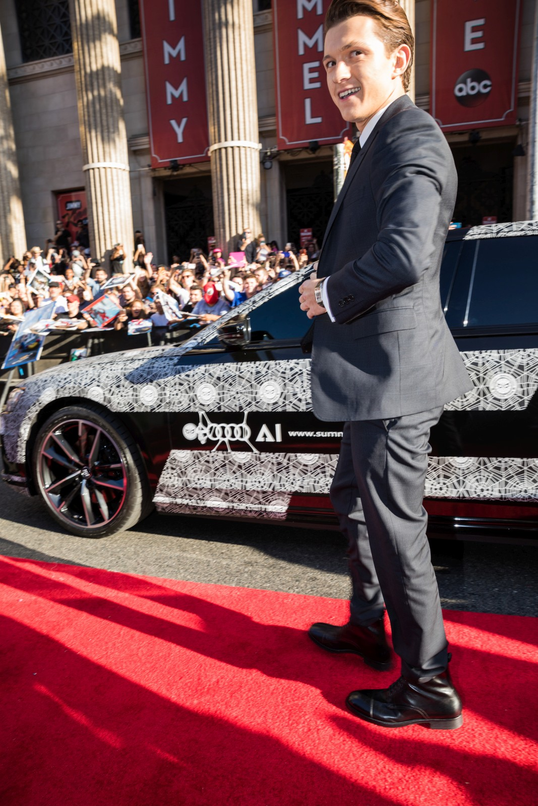 Spidey Arrives To The Red Carpet In The New Audi A8 At The