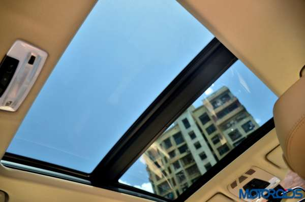BMW-3-Series-GT-Sunroof-fully-open-600x398