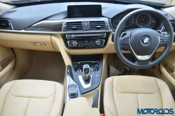 BMW-3-Series-GT-dash-board-600x398