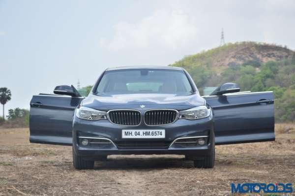 BMW-3-Series-GT-frameless-door-front-side-600x398