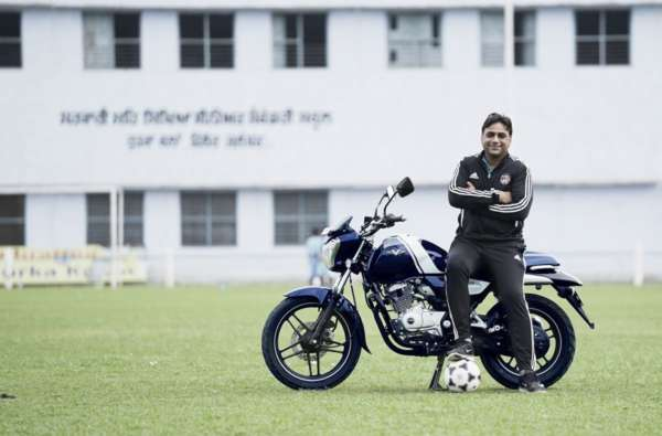 Bajaj V Invincible Indians Guru