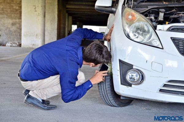 CARS24 car tyre health inspection