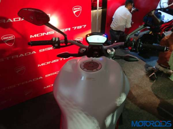 Ducati-Monster-797-detailed-images-1-600x450