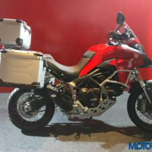 ducati multistrada 950 all you need to know images. Black Bedroom Furniture Sets. Home Design Ideas