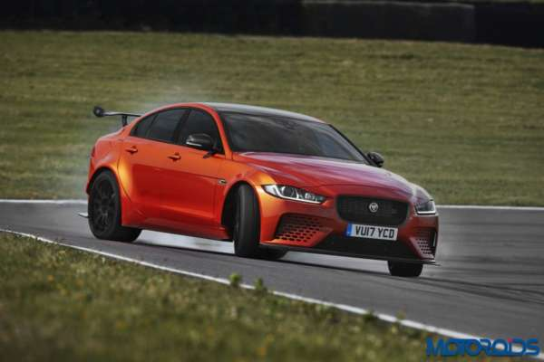 Jaguar XE SVO Project 8 front 3 quarter