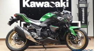 Kawasaki Z250 side view