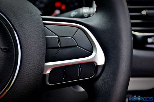 Made-in-India-Jeep-Compass-Review-Interior-shots-23-600x398