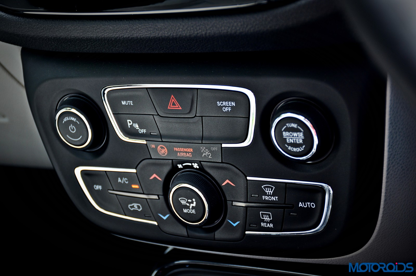 Jeep compass india review price specs mileage image - Jeep compass interior ...