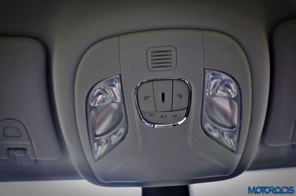 Made-in-India-Jeep-Compass-Review-Interior-shots-7-600x398