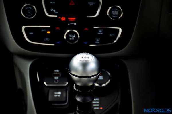 Made-in-India-Jeep-Compass-Review-Interior-shots-82-600x398