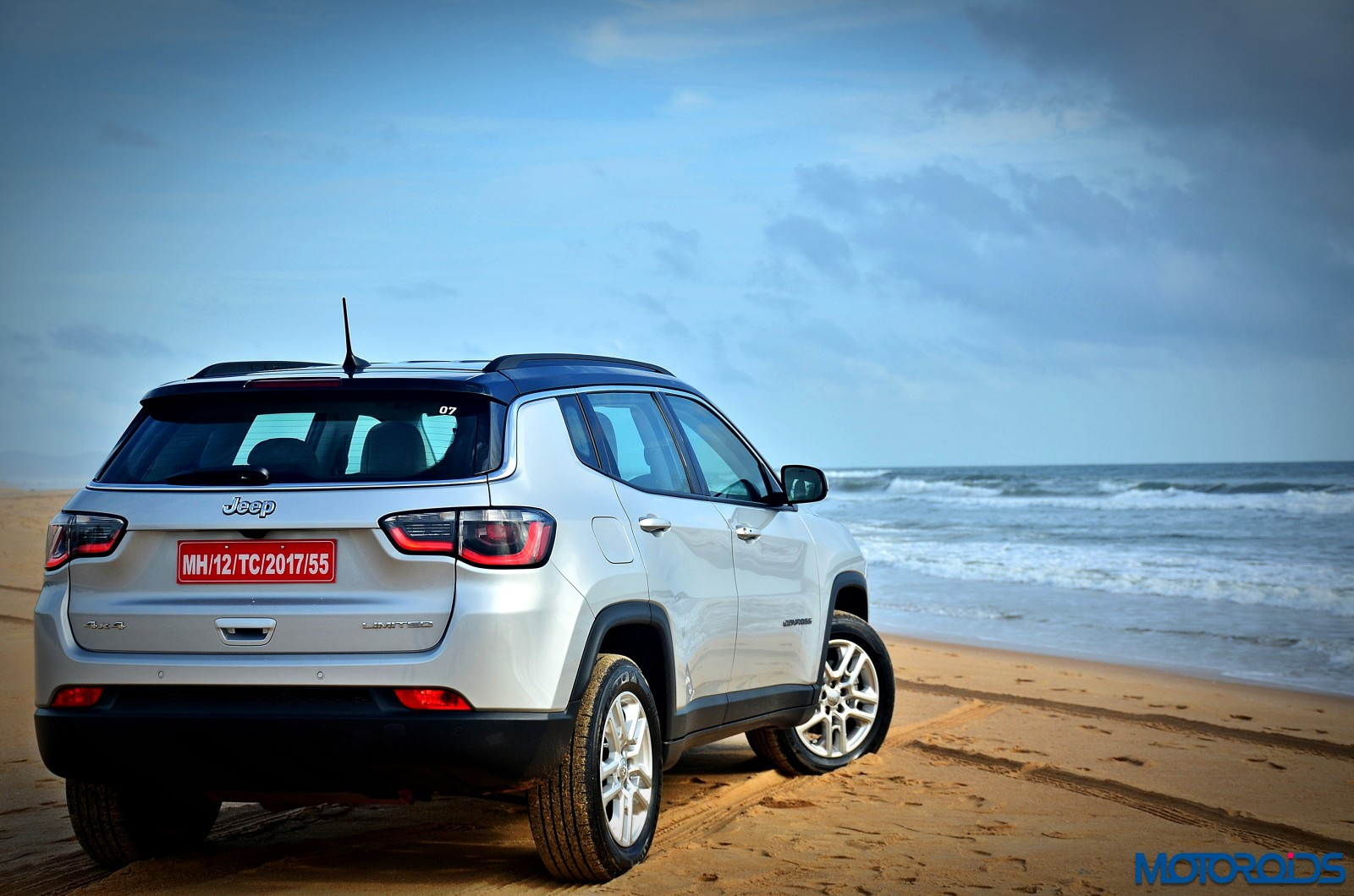 Made in India Jeep Compass Review Still Shots on the beach (27)