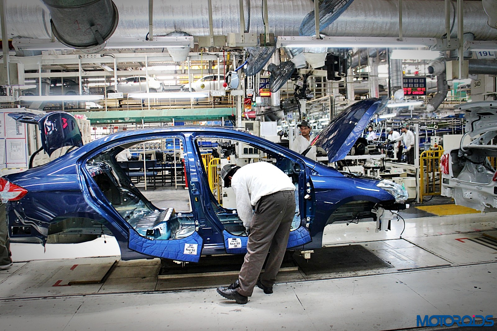 How Maruti Suzuki Makes Over 3000 Cars a Day? We See the