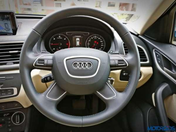 June 14, 2017-New-2017-Audi-Q3-facelift-India-steering-wheel-600x450.jpg
