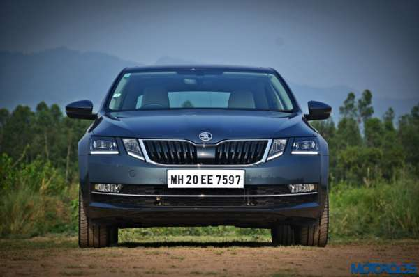 New 2017 Skoda Octavia Review Fascia (1)