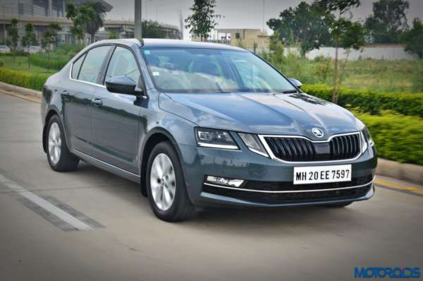 New 2017 Skoda Octavia Review In motion pictures (2)