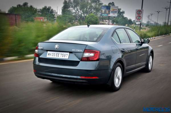 New 2017 Skoda Octavia Review In motion pictures (5)