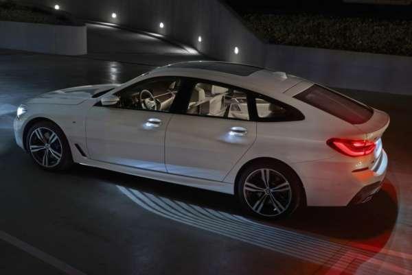 New-BMW-6-Series-Gran-Turismo-19-600x401