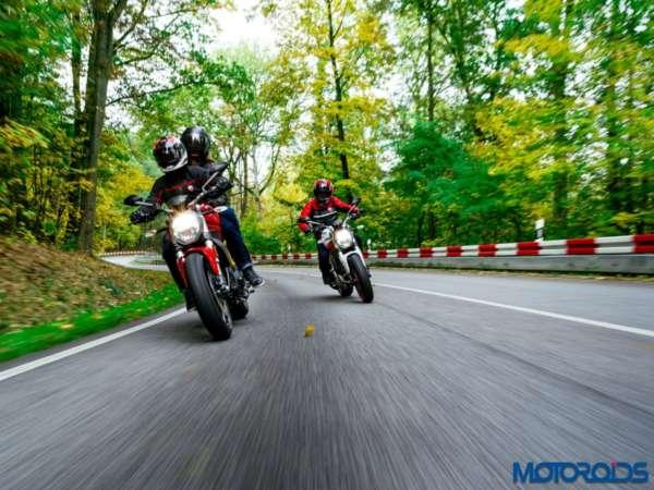 New-Ducati-Monster-797-Stock-Photographs-1-600x450