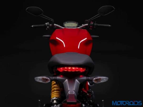 New-Ducati-Monster-797-Stock-Photographs-13-600x450