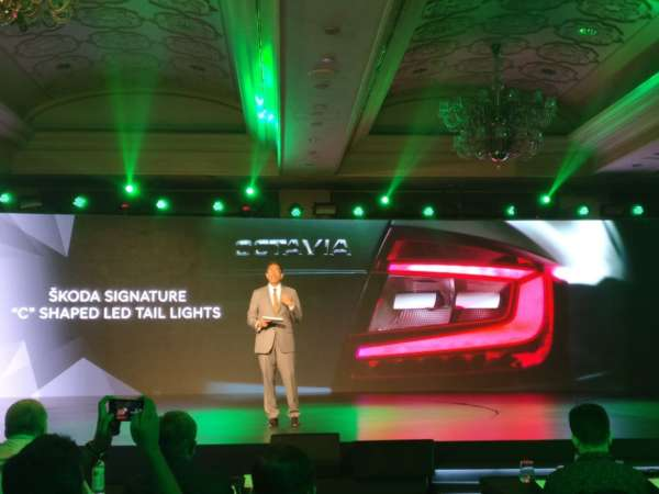 2017-Skoda-Octavia-Facelift-India-Launch-3-600x450