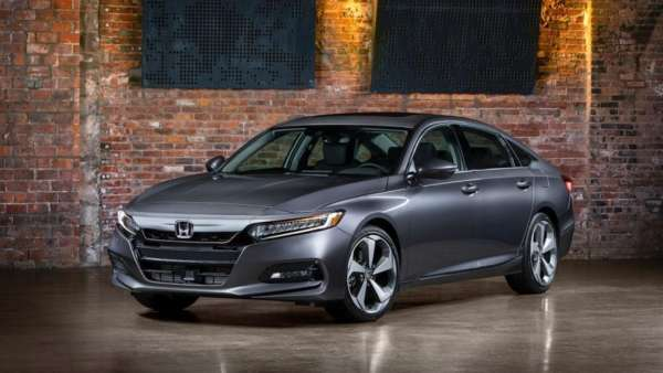 2018-Honda-Accord-Launched-002-600x338