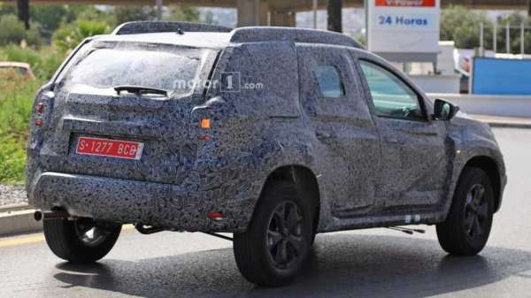 2018-Renault-Duster-spied-in-Spain-003-600x337