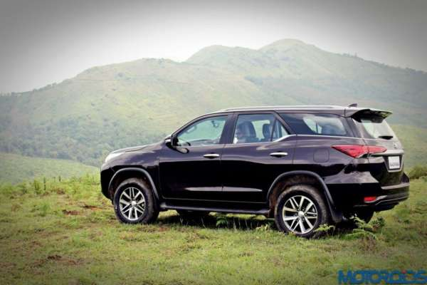 7-Features-that-make-the-Fortuner-stand-out-001-600x400