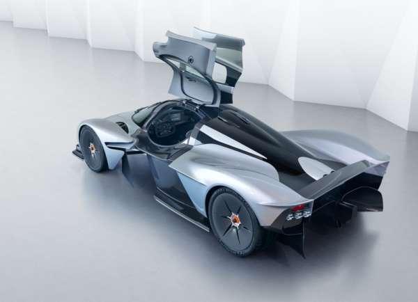 Aston-Martin-Valkyrie-001-600x434