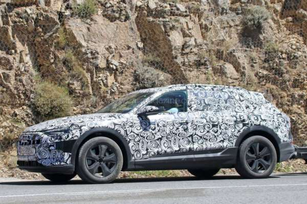 Audi-E-tron-Spied-On-Test-04-600x399