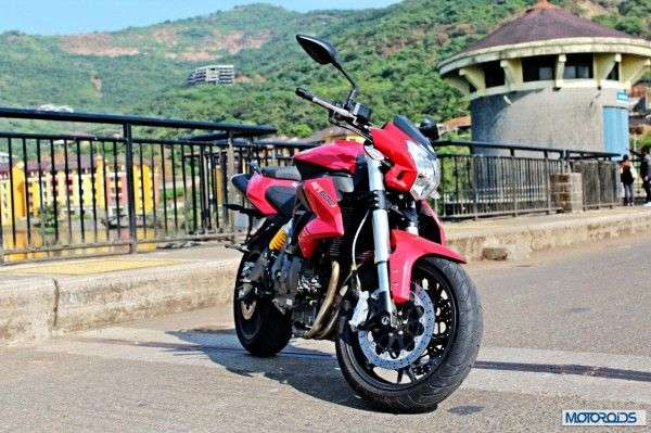 Cheapest-In-Line-Four-Sportsbikes-in-India-004-600x399