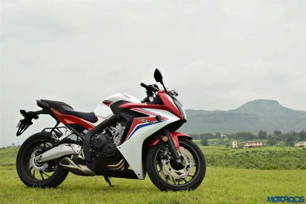 Cheapest-In-Line-Four-Sportsbikes-in-India-006-600x400