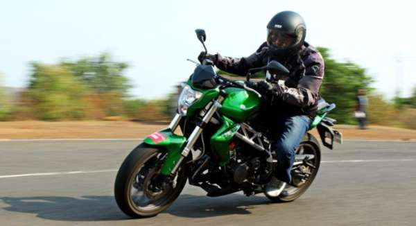 Cheapest-Twin-Cylinder-Bikes-in-India-005-600x326