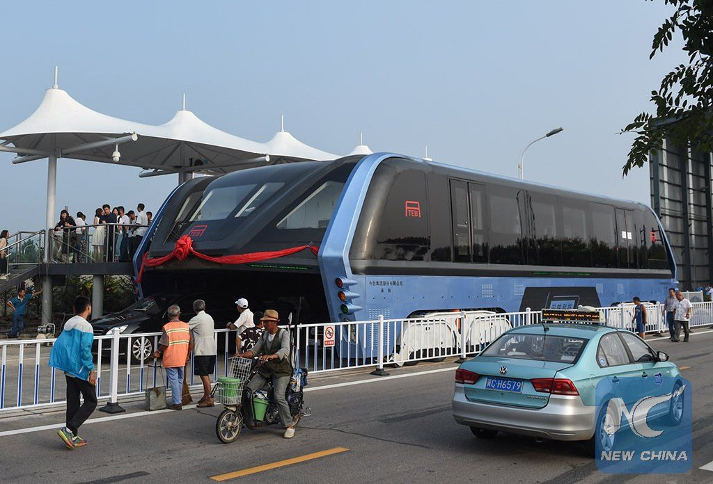 China's electric lane-straddling bus is just a giant scam, police say