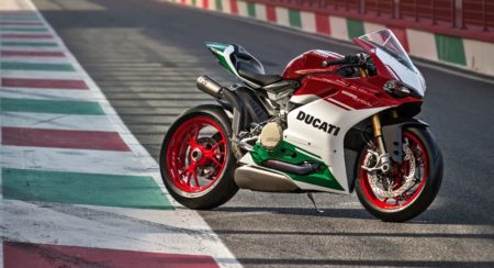 Ducat 1299 Panigale R Final Edition (1)