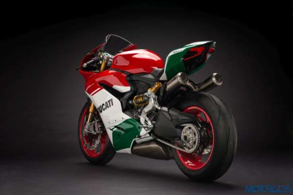 Ducat-1299-Panigale-R-Final-Edition-5-600x401