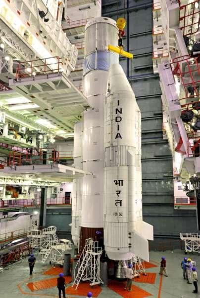 ISRO-Space-Batteries-Power-EV-002-404x600