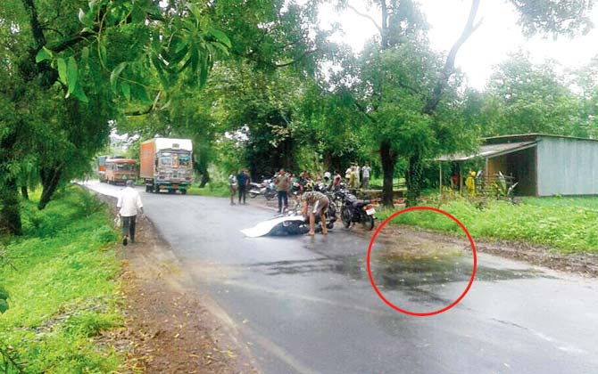 Maharashtra: Woman crushed to death after bike's tyre gets stuck in pothole