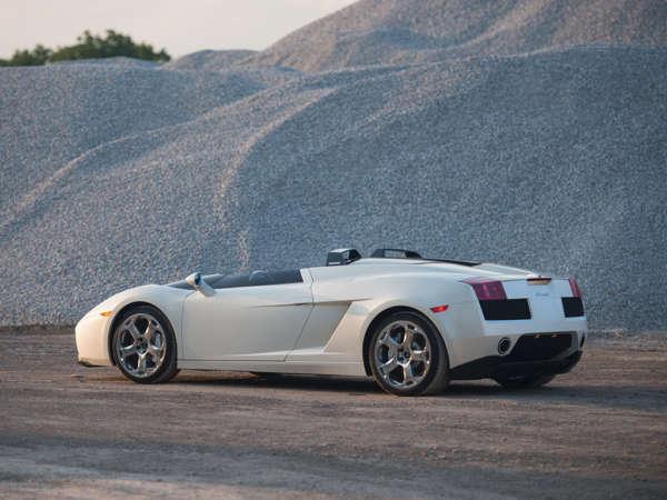 Lamborghini-Concept-S-Still-Shots-2-600x450