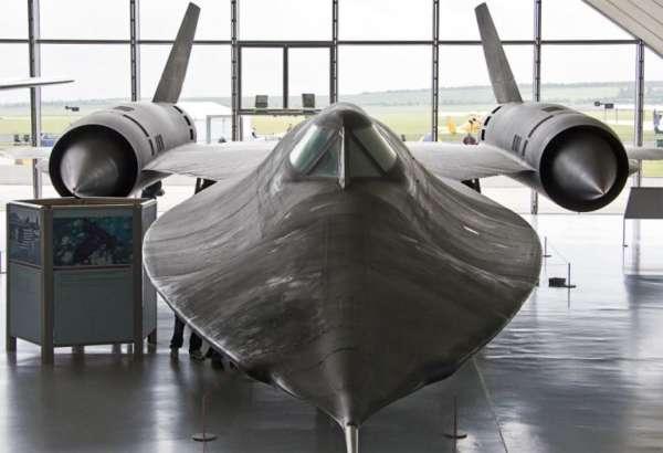 Lockheed-Martin-SR71-001-600x410