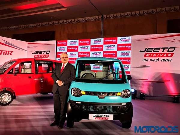 Mahindra-Jeeto-Minivan-India-Launch-Images-2-600x450