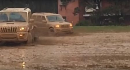 Mahindra Scorpio drifting in Mud