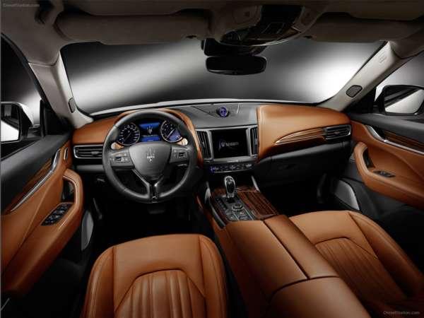 Maserati-Levante-2017-Cabin-600x450