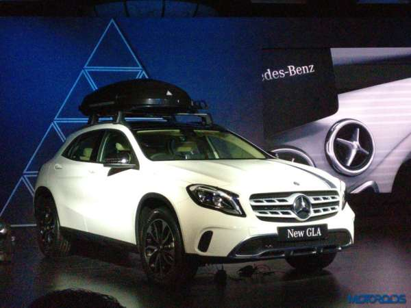 Mercedes-Benz GLA facelift launch white
