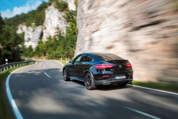 Mercedes-Benz-GLC43-AMG-Coupe-rear-600x400